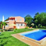 View information about Villa Pinhal 3 bedrooms, check availability and book online