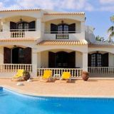 View information about Casa Vivenda Bento 4 bedrooms, check availability and book online