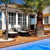 View information about Casa O Cantinho 3 bedrooms, check availability and book online