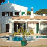 View information about Vargues 3 bedrooms, check availability and book online
