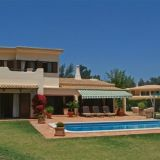 View information about Casa Liriana 4 bedrooms, check availability and book online