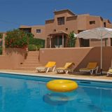 View information about O Monte 3 bedrooms, check availability and book online