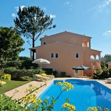 View information about Casa Do Cedro 4 bedrooms, check availability and book online